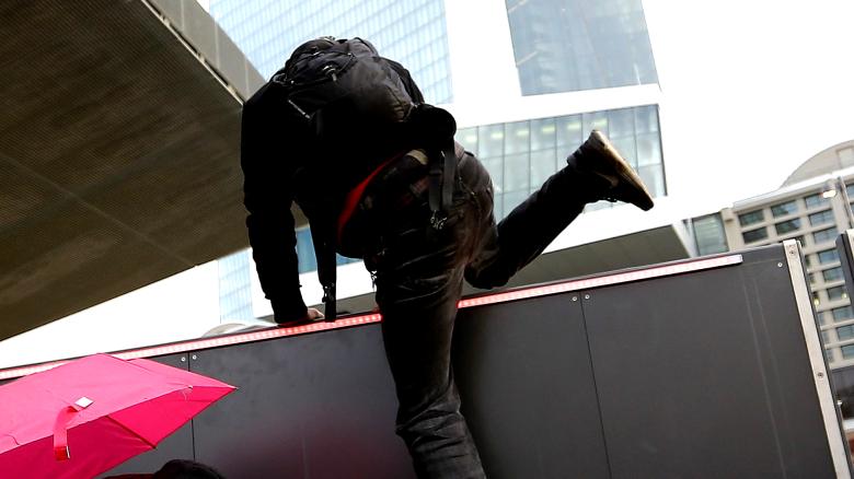 18.03.14 – Die Neueröffnung der Europäischen Zentralbank zum Desaster machen!