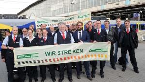 """18.04.15 – Hände weg vom Streikrecht! Gegen Lohnarbeit und """"Tarifeinheit""""!"""