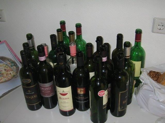 Die deutlichen Beweise sind zehn leere Flaschen Wein… / Ein Aufruf zur Solidarität!
